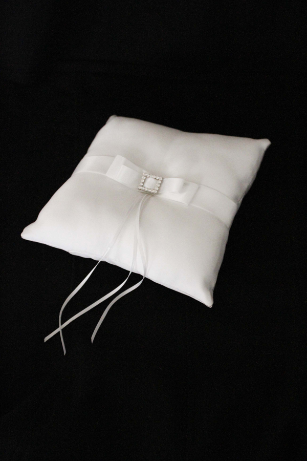 Ring Bearer Pillow | Easy Wedding Las Vegas