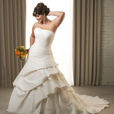 Las Vegas Wedding Gowns and Tuxedo