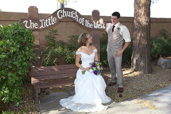 Cheap las vegas weddings little church of the west for Gay wedding packages las vegas
